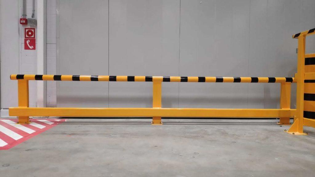 Металлическая защита стен