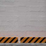 защита стен от повреждений