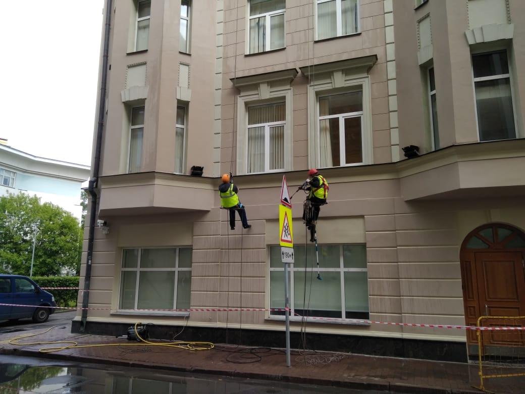 мытье фасада здания